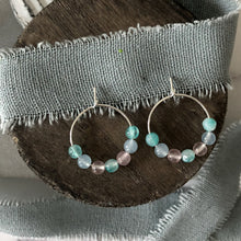 Load image into Gallery viewer, Mixed agate smooth round hoop silver earrings
