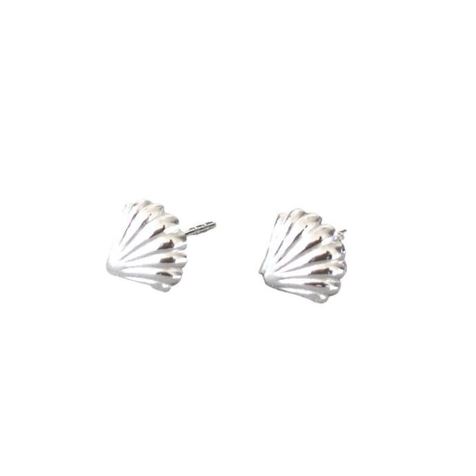 Silver shell shaped stud Earrings