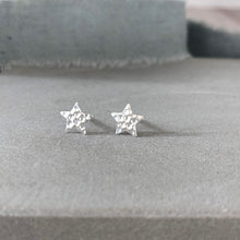 Load image into Gallery viewer, Silver textured star stud earrings