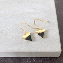 Load image into Gallery viewer, Black mountain gold earrings