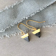 Load image into Gallery viewer, black mountain gold hook earrings