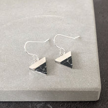 Load image into Gallery viewer, Black mountain silver earrings
