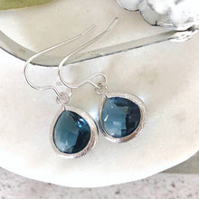 Load image into Gallery viewer, blue glass silver drop earrings