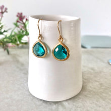 Load image into Gallery viewer, Turquoise gold glass drop earrings