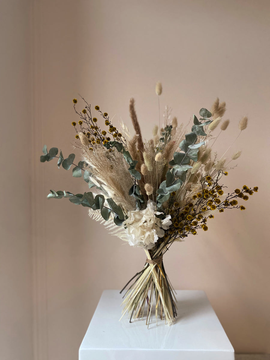Dried hand tied arrangement