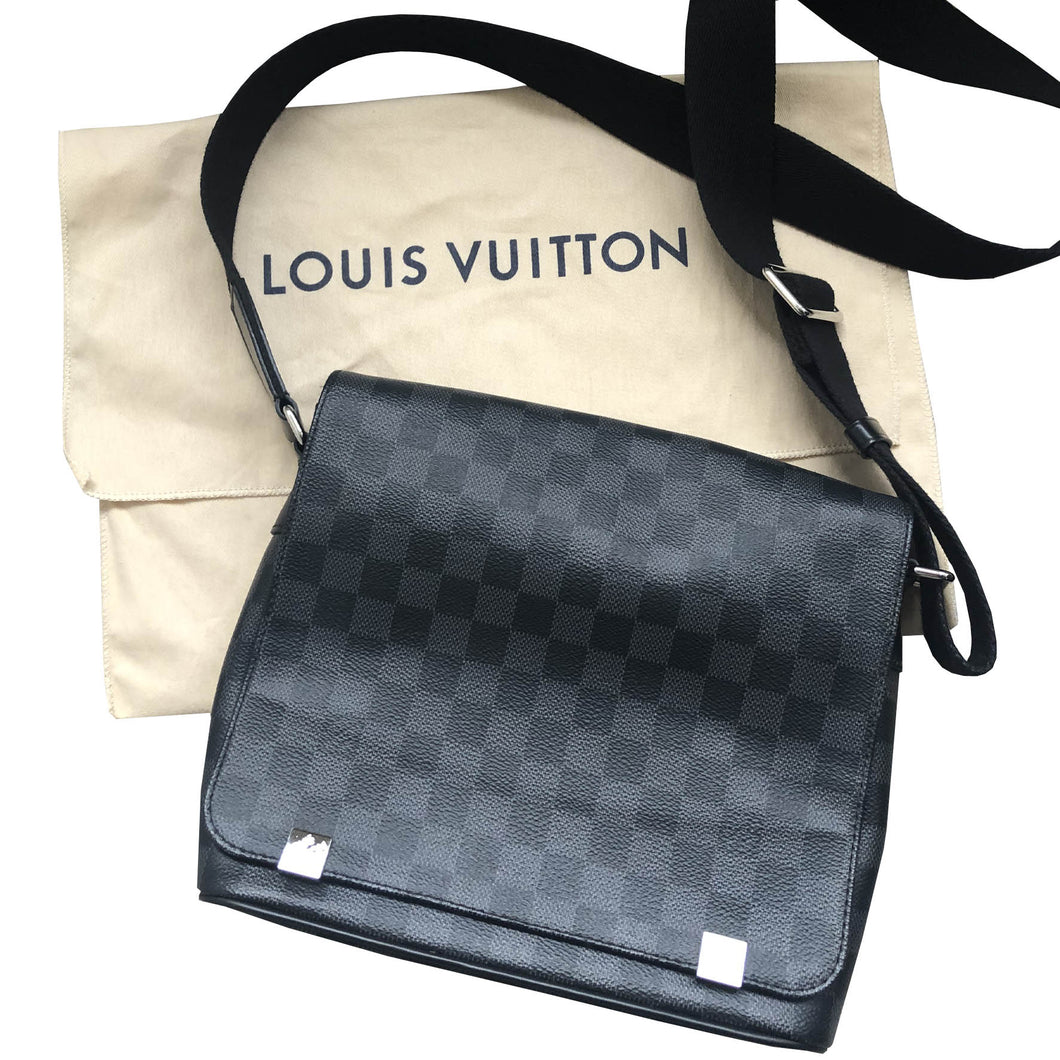 Louis Vuitton Damien District PM