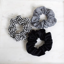 Load image into Gallery viewer, B&W Scrunchie Pack