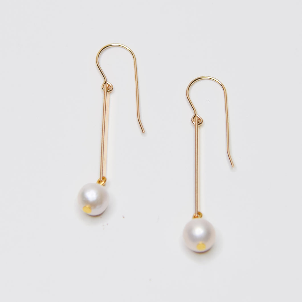 Bar and Pearl Earrings - Gold