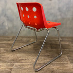 Load image into Gallery viewer, Red Robin Day chair