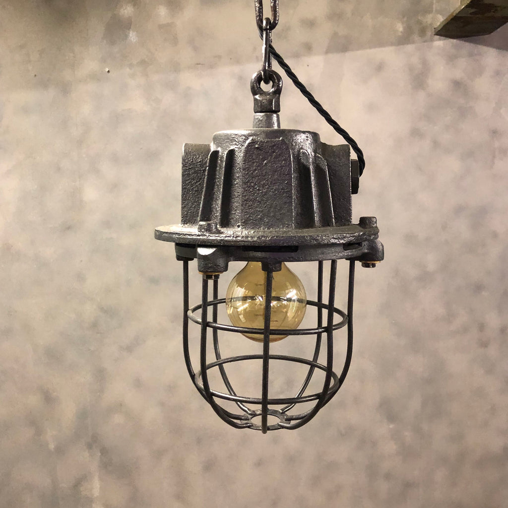 Explosion proof 1950s pendant light