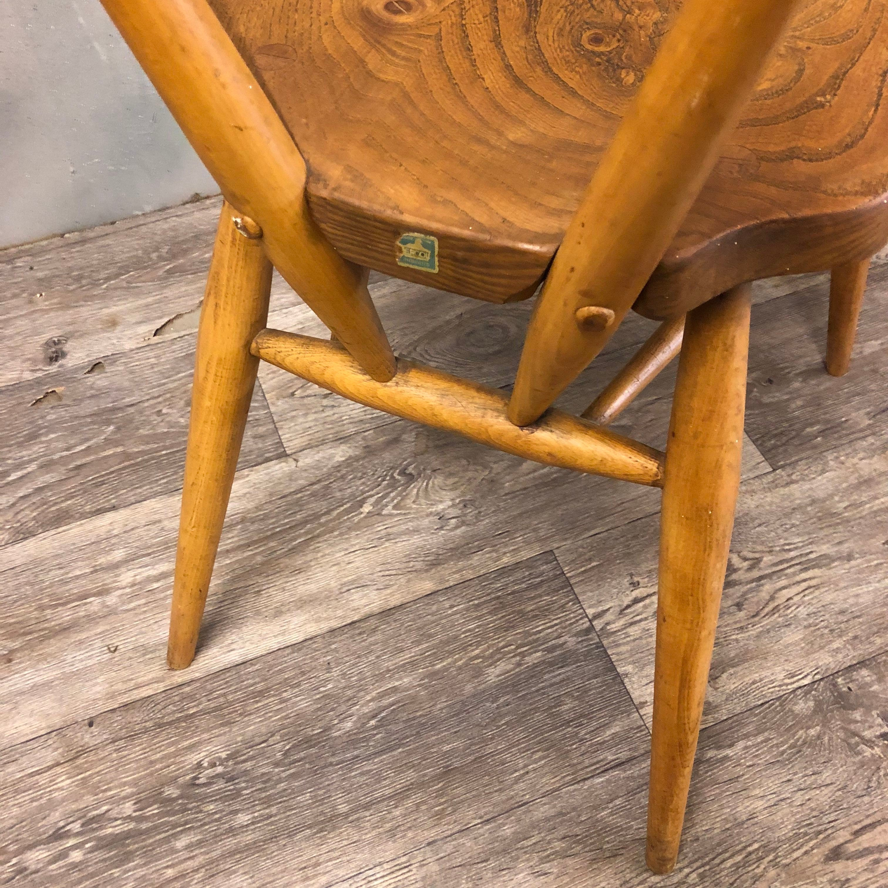 Vintage Ercol stackable chairs (4)