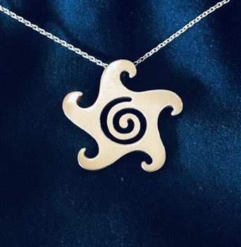 FINE SILVER GLYPH NECKLACE