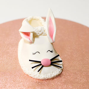 Video tečaj: Zajček copatek, jedilna figurica / Edible sugar paste bunny slipper