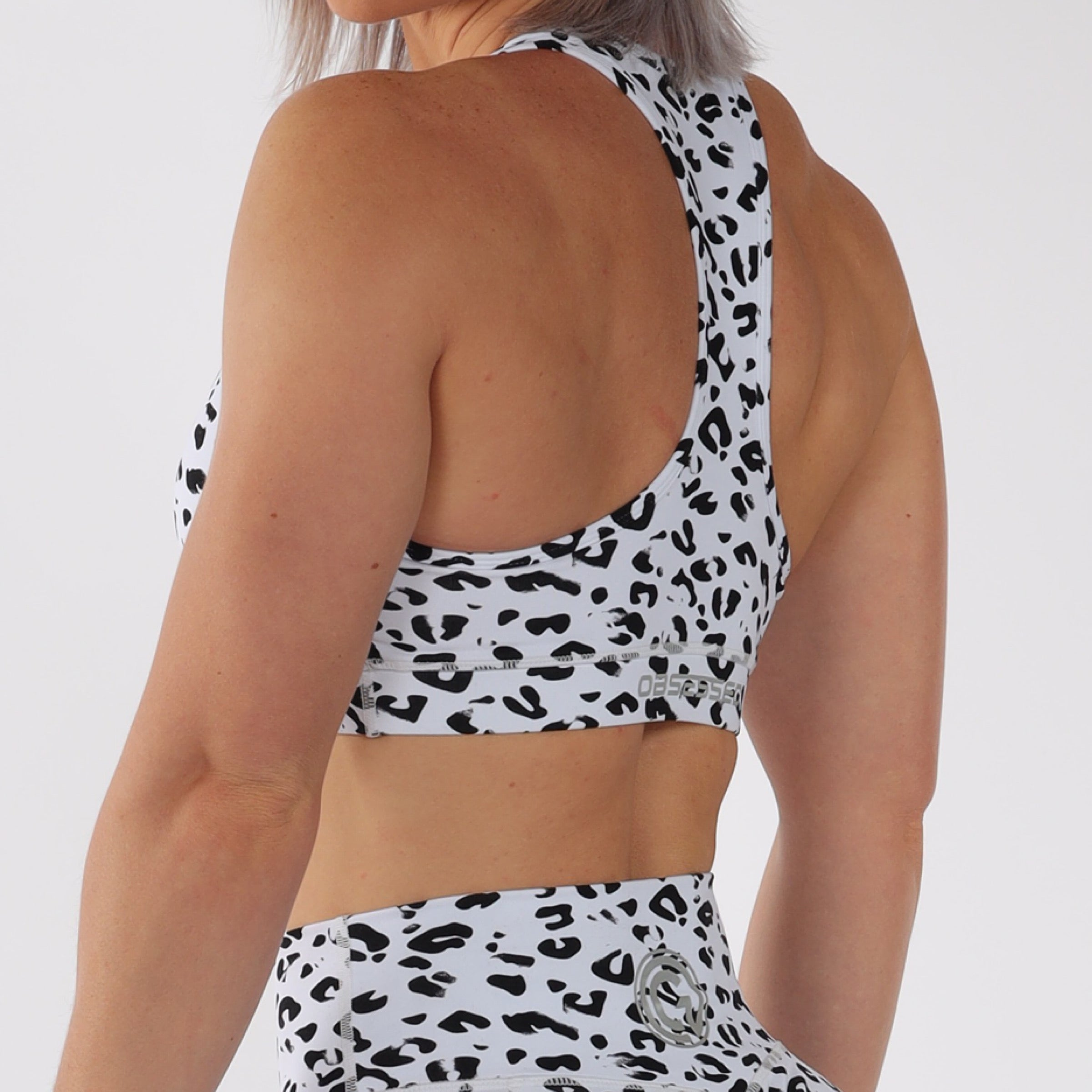 BASE CROP - WHITE LEOPARD