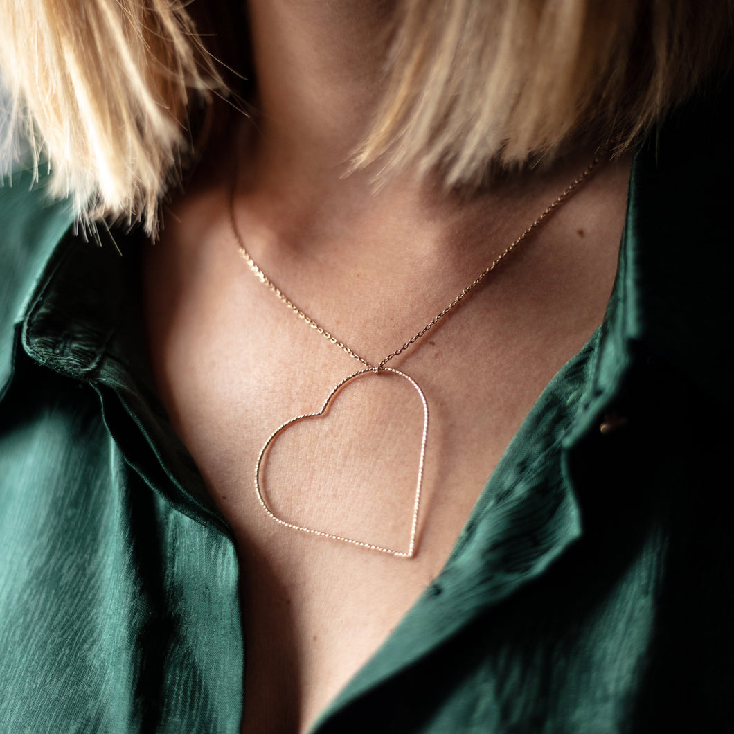 LOVE - COLLIER