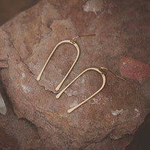 Load image into Gallery viewer, Desert Moon Design Dandy Horseshoe U Shaped Earrings Gold