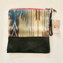 Load image into Gallery viewer, Vaalbara • Fold Clutch • Katama in Black Leather