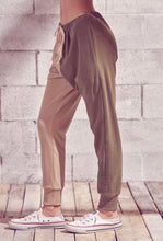 Load image into Gallery viewer, Two Tone Cotton Fleece Joggers Taupe Olive