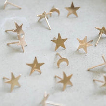 Load image into Gallery viewer, Star Stud Earrings Gold