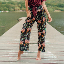 Load image into Gallery viewer, Palolo Floral Stretch Pant in Protea Paradise