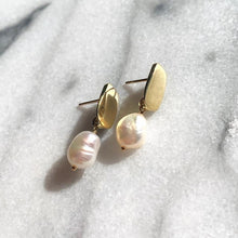Load image into Gallery viewer, Goldelux • Siren Earrings with Baroque Pearl