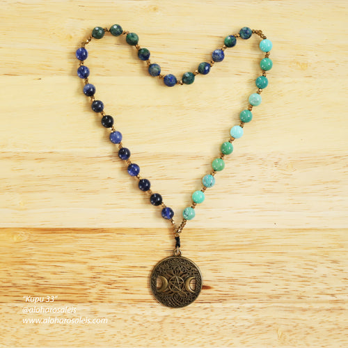 Feel the flow of Chrysoprase, Chrysocolla and Sodalite