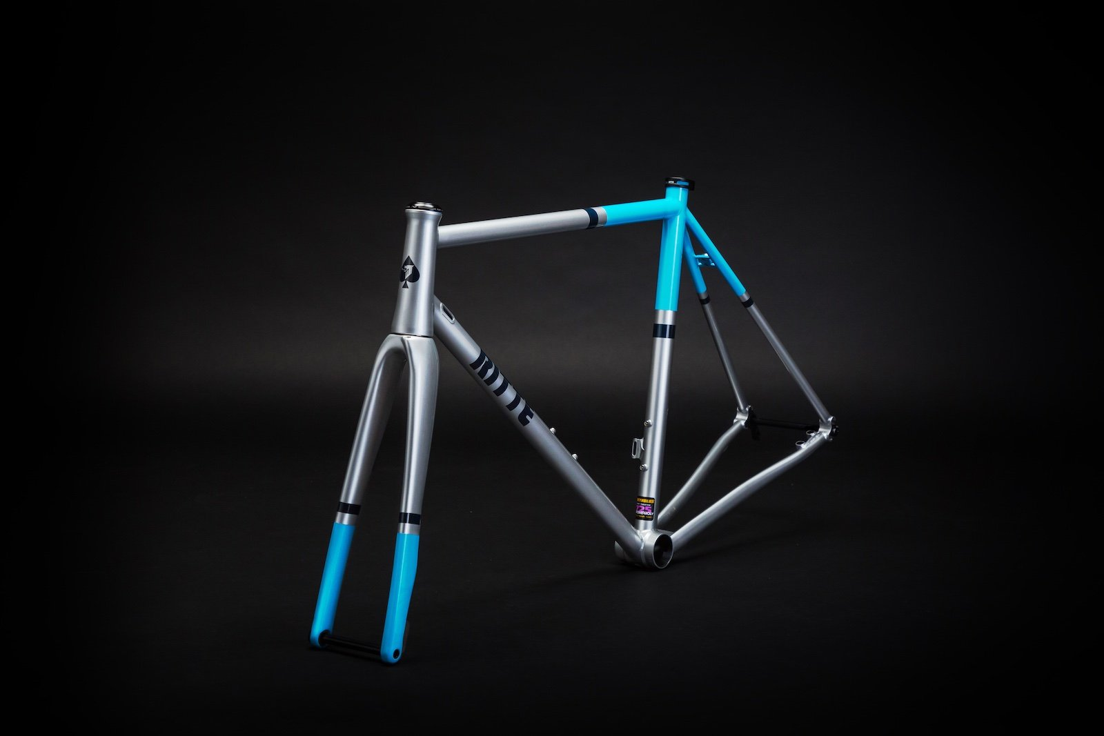 Ritte Phantom Road Bike | CYCLISM