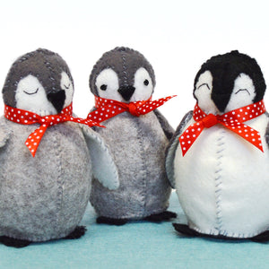 Baby Penguins Felt Craft Kit – sew together a waddle of 3 cute penguins! Three fun penguins felt kit, this box has everything you need to create a waddle (the collective noun for penguins on land) of penguins in a child's bedroom or use as Christmas decorations.