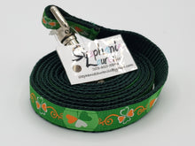 Load image into Gallery viewer, Shamrock/Green Dog Leash/Collar Set-Small
