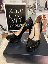 Load image into Gallery viewer, Prada pumps