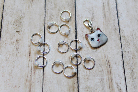 Snowball White Cat Progress Keeper + Beaded Stitch Marker Set