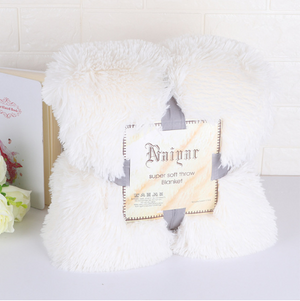 Super Soft Faux Fur Throw Blanket And Pillowcase Warm Elegant Cozy Shaggy Fluffy Sherpa Fall and Winter Decor