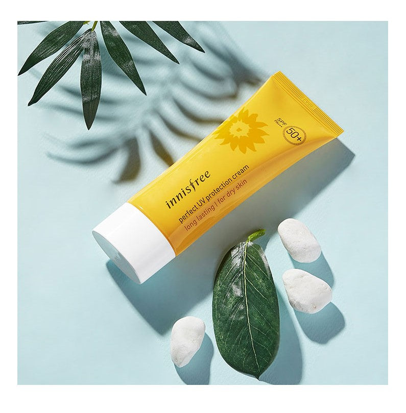 Load image into Gallery viewer, [Innisfree] Perfect UV Protection Cream Long Lasting SPF50+ PA+++ Non Greasy Moisturizing Fresh Facial Sun Block Cream, Calming with Safe Natural Ingredients