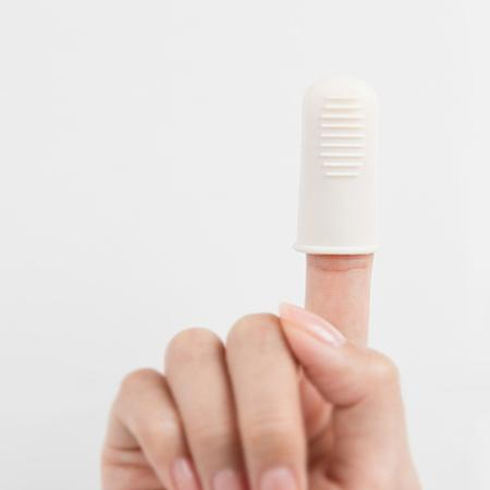 [Innisfree] Blackhead Goodbye Finger Silicone Tool For Exfoliate And Remove