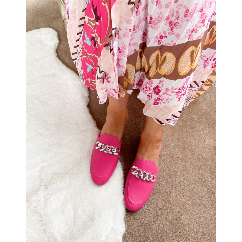 Seline Chain Backless Loafer - Hot Pink
