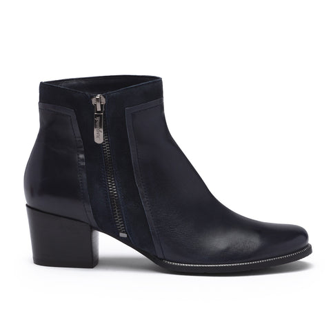Regarde Le Ciel Navy Ankle Boot