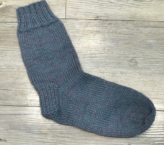 In Stitches simple DK sock knitting pattern