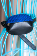 Luna Fanny Pack (Black/Blue)