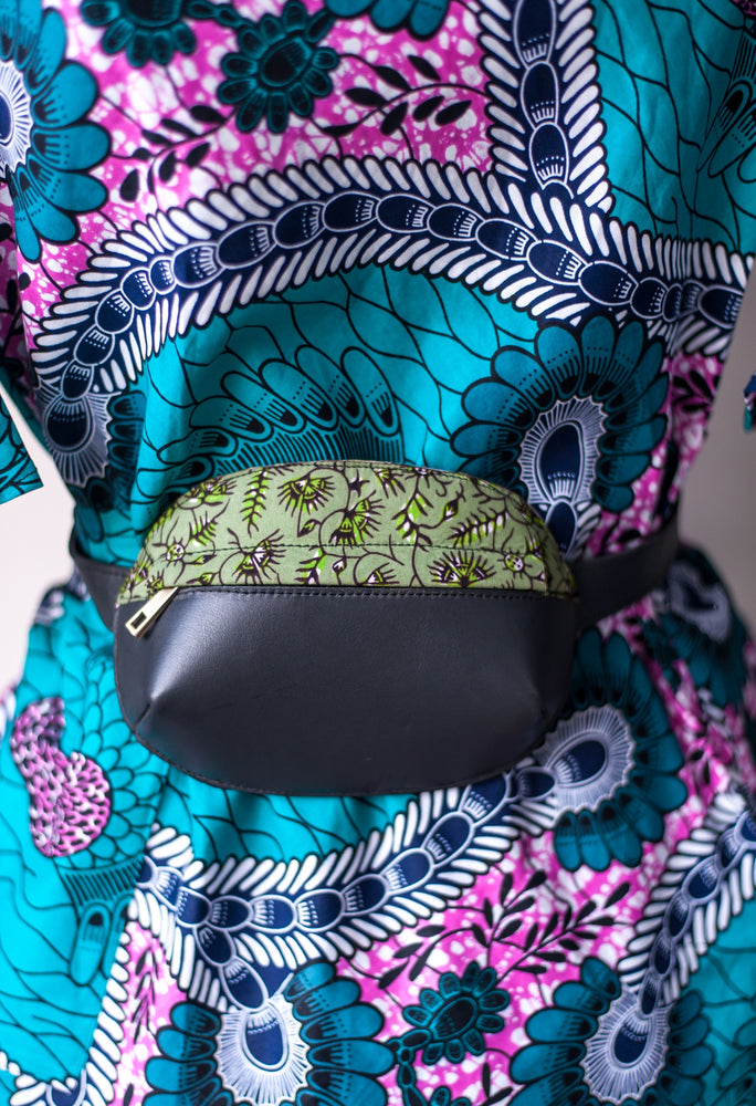 Luna Fanny Pack (Black/Green)