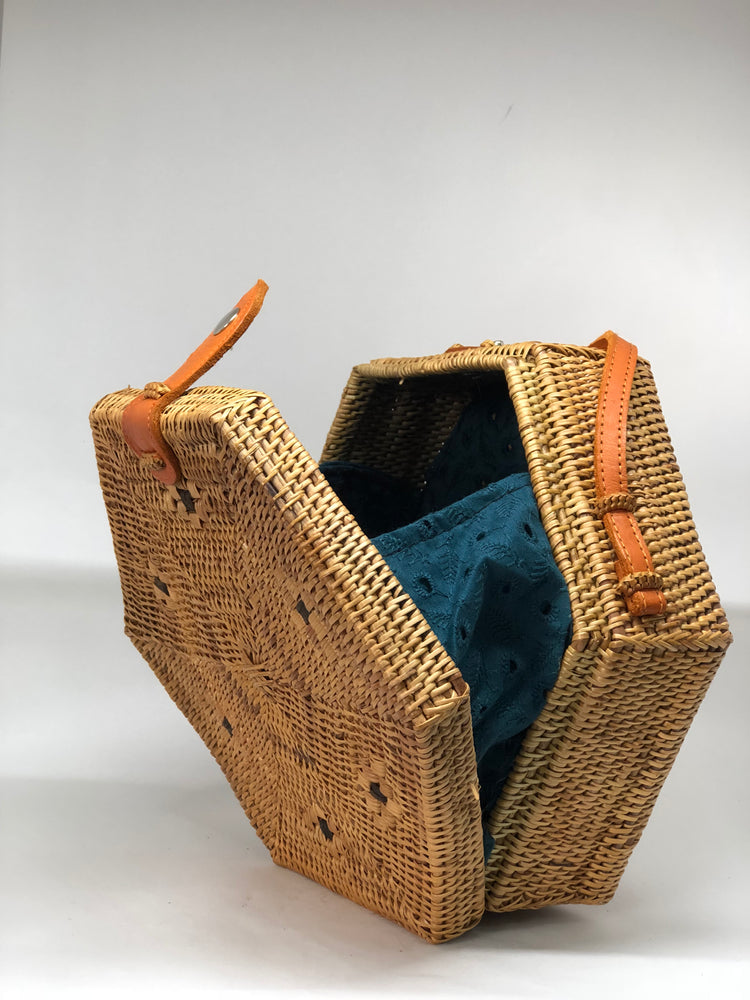 Hexagone Rattan Bag