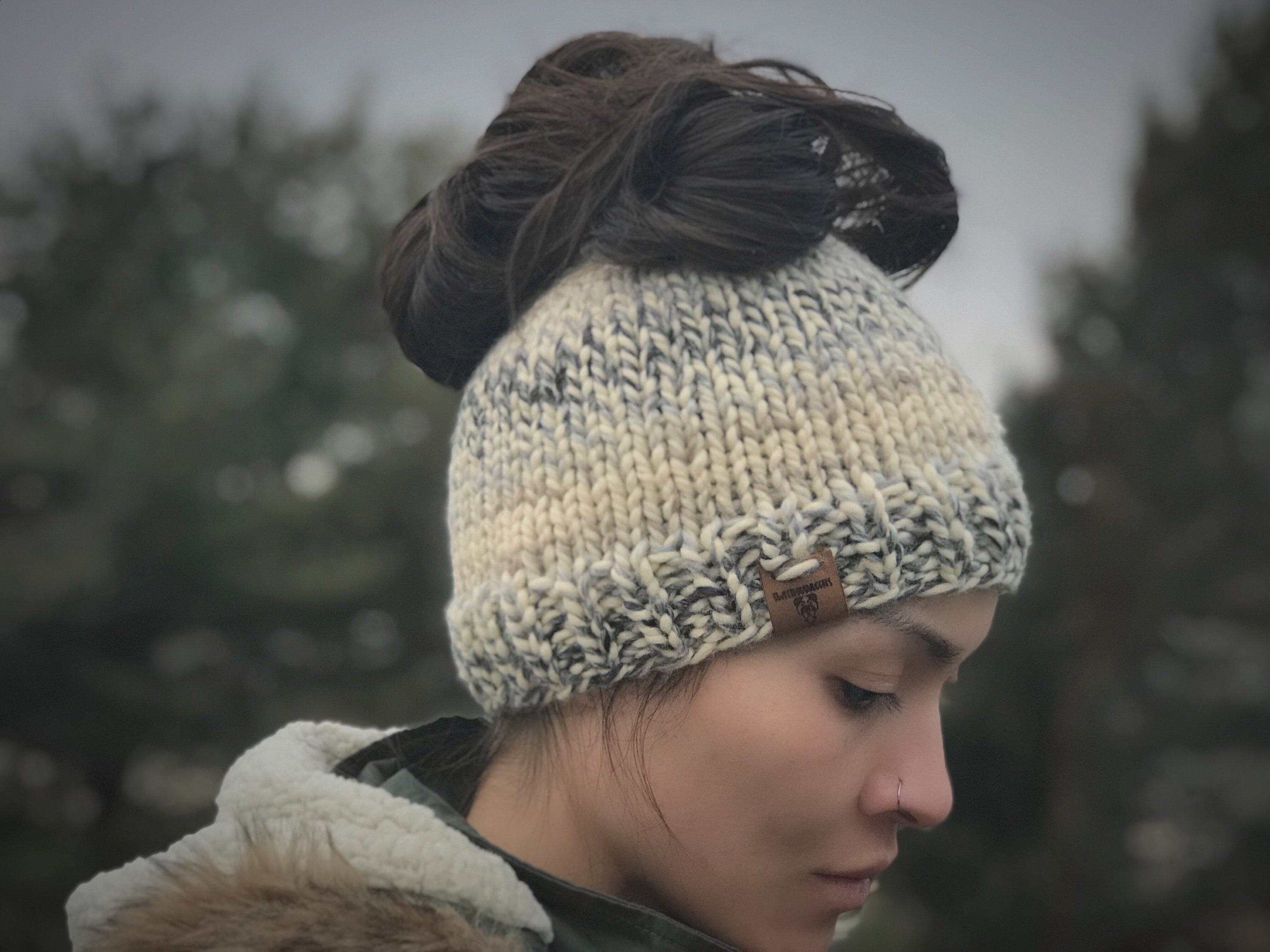 The Cleo Messy Bun Beanie KNITTING PATTERN