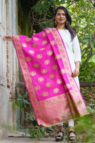 Unffold Silk & Jari Blended Magenta Gold beautiful designed work Dupatta (48 inches) for Women - Leaf Flower Design