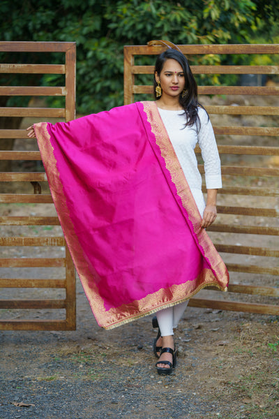 Unffold Silk Magenta Golden Blended beautiful designed work Dupatta(36 inches) for Women