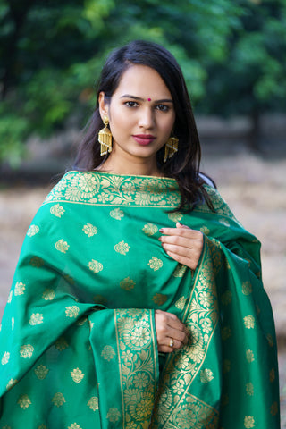 Unffold Silk Blended Green & Gold beautiful designed work Dupatta (36 inches)for Women