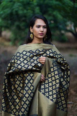 Unffold Silk Blended Black and Golden beautiful designed work Dupatta(36 inches) for Women