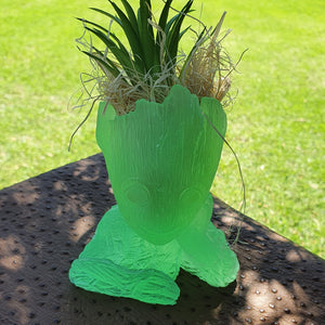 RB92 - Glow in the dark Groot Planter