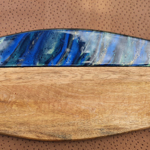 RB104 - Wooden board with metallic blues