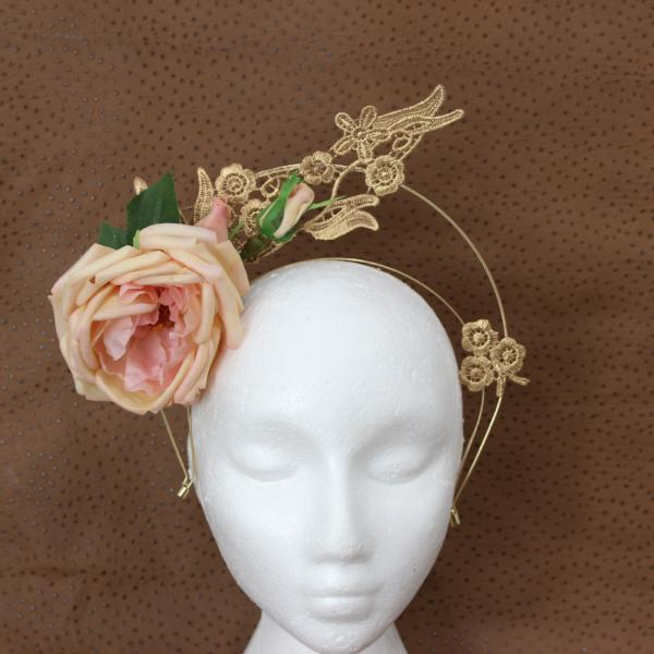 Blossum Fascinator