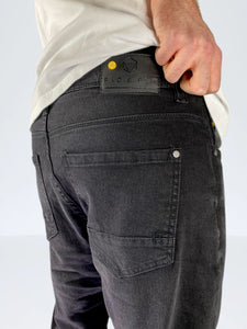 ANDRE Straight Fit | B122 Blck.denim