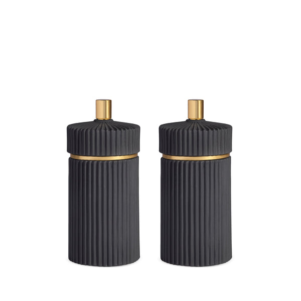 Small Ionic Salt and Pepper Mills in Black by L'OBJET - Functional and Minimal Design Inspired by the Ionic Order of Classical Architecture